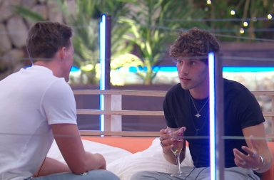 Dr Alex - Love Island, ITV2, series 4, episode 7