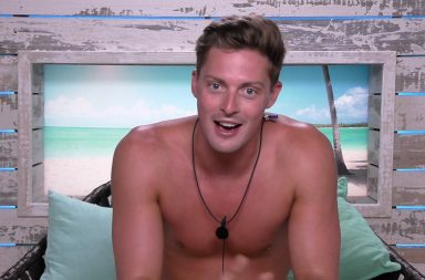 From ITV Studios Love Island: SR4: Ep38 on ITV2. where does Love Island's Dr Alex George work?