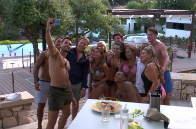 From ITV Studios Love Island: SR4: Ep56 on ITV2 Pictured: Love Island Selfie. How much do the Love Island winners win?