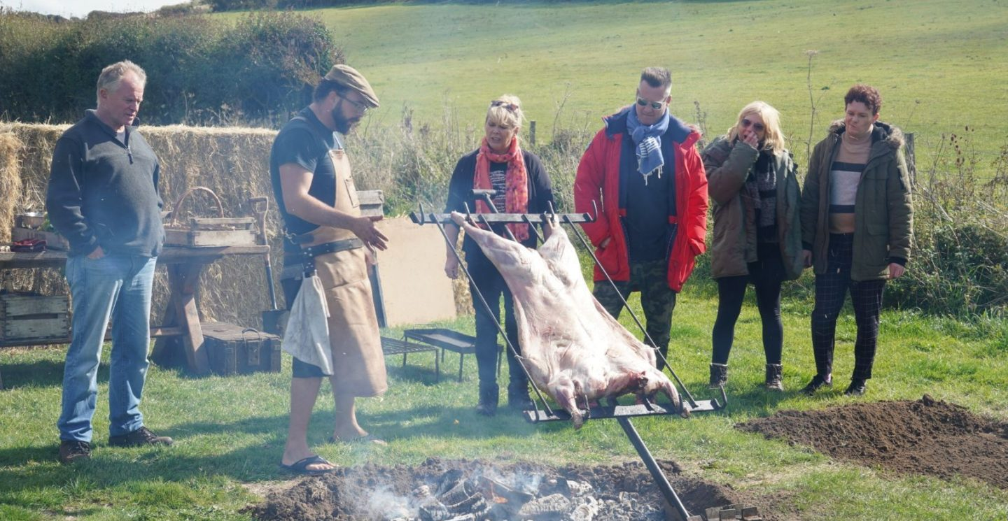 Celebrity 5 Go Camping 2019 Location Lodge And National Park Guide