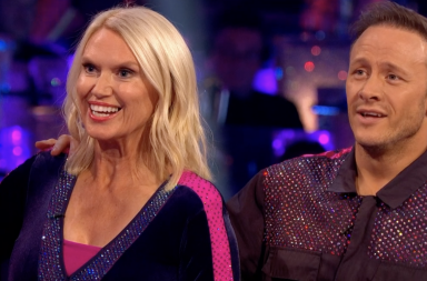 https://www.bbc.co.uk/iplayer/episode/m0008s5k/strictly-come-dancing-series-17-week-1