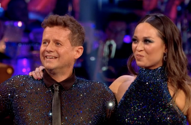 https://www.bbc.co.uk/iplayer/episode/m00096by/strictly-come-dancing-series-17-week-3