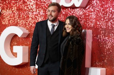 LONDON, ENGLAND - NOVEMBER 09: Iain Stirling and Caroline Flack arrive at the ITV Gala held at the London Palladium on November 9, 2017 in London, England. (Photo by Mike Marsland/Mike Marsland/WireImage)