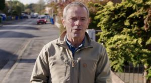 The Great House Giveaway: Meet Simon O'Brien – presenter and actor!