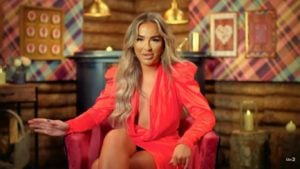 ITV: Who is Holly from The Cabins? Meet the influencer on Instagram!