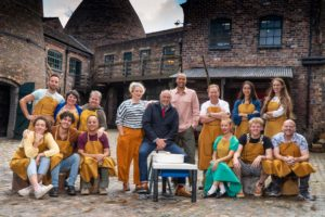 Who are the Great Pottery Throw Down 2021 judges? Meet the series 4 duo!
