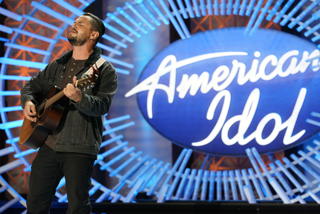 are american idol contestants paid